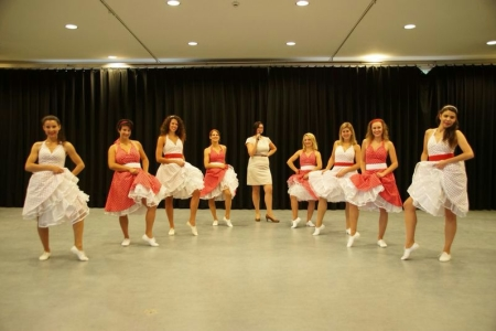 Die Showtanzgruppe Magic Diamonds des TVD